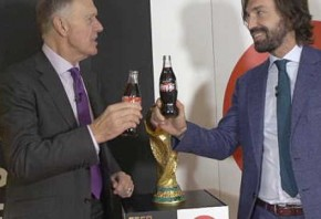 Pirlo and Hurst launch World Cup trophy tour