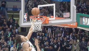 Play of the day - Antetokounmpo tips in to level series for Bucks