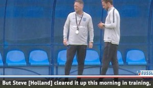 Assistant Holland apologised for 'team leak' - Walker