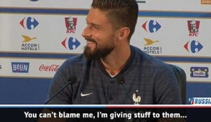 Giroud jokingly tells off press officer for wasting time