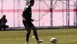 Ronaldo trains ahead of crucial Iran match