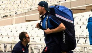 Stokes returns to England training