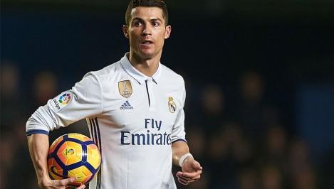 Ronaldo deserves Ballon d Or for huge talent - Santos
