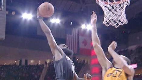 Harden s huge one-handed dunk