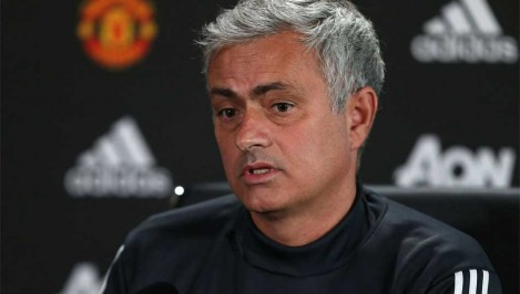 We always shoot ourselves - Mourinho frustrated by Man United s mistakes