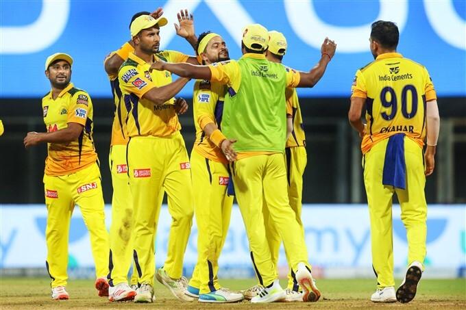 IPL 2021: KKR vs CSK, Match 15 Photos