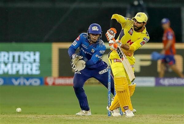 IPL 2021: CSK vs MI, Match 30 Photos