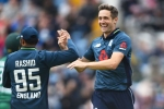 Wonderful Woakes stars as England wrap up 4-0 win