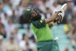 Hashim Amla completes 8k runs in ODIs: Even in off form, he gives Virat Kohli a contest