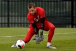 Liverpool rule out Simon Mignolet's move despite his agent's transfer plea