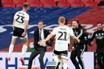 Brentford 1-2 Fulham aet: Bryan's unlikely double secures immediate Premier League return