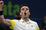Qatar Open: Bautista Agut battles back