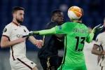 Roma 1-1 Ajax 3-2 agg: Serie A side scrape through to set up Man Utd semi