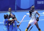 Tokyo Olympics: India eves maintain quarterfinal hope beating South Africa 4-3