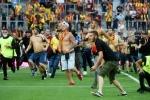 Lens braced for LFP action after violent pitch invasion blights derby with Lille
