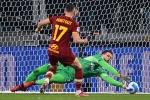 Juventus 1-0 Roma: Szczesny saves Bianconeri amid spot-kick controversy