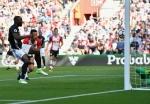 Lukaku strikes again for Manchester United