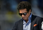 Sachin expects Dhoni to control the game