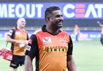 Muralitharan discharged from hospital