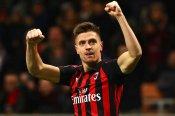 AC Milan 2 Napoli 0: Piatek strikes twice to send Rossoneri through