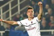 Atalanta 1 AC Milan 3: Two-goal Piatek lands blow in fight for fourth