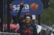 Giro d'Italia 2020: Narvaez wins stage 12 in treacherous conditions