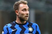 Conte hints at Eriksen's new role amid reports of a Tottenham return
