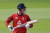 Tom Banton considers missing IPL to focus on getting spot in England Test side