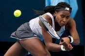 Coco Gauff through in 3 tough sets in Australian Open tuneup; easy win for Serena Williams