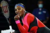 Australian Open: Serena Williams sinks Halep hopes, sets up Osaka blockbuster