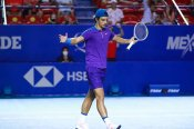 Mexican Open: Italian teenager claims maiden top-10 win, Tsitsipas eases through