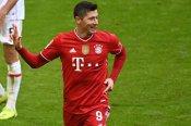 Bayern Munich 4-0 Stuttgart: Lewandowski scores 13th Bundesliga hat-trick for 10-man hosts