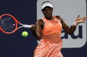 Stephens breaks 2021 duck at Miami Open, Kuznetsova loses in first round