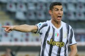 Torino 2-2 Juventus: Ronaldo salvages derby draw after Sanabria double