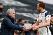 Mourinho won't 'play that game' and discuss Kane future