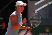 Barty stays red hot on clay to set up Badosa rematch