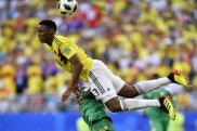 Manchester United join race for Barcelona's Yerry Mina
