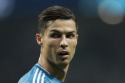Coronavirus: Ronaldo criticised for 'taking pictures by the pool' during pandemic