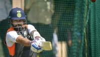 Kohli gives tips to WC-bound Team India