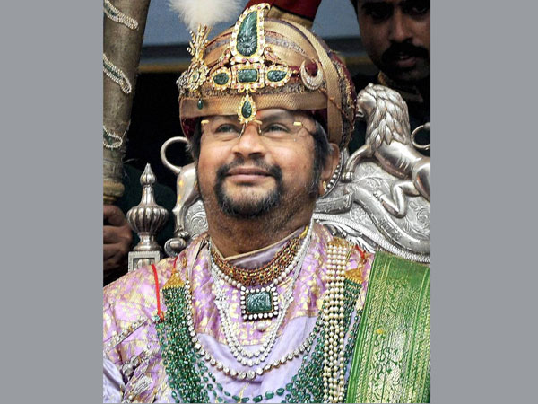 Mysore Wadiyar Royals Looking For An Heir The Curse Worked Yet Again