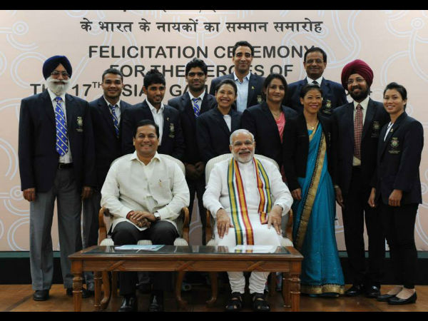 Photos Pm Modi Felicitates Asian Games 2014 Medal Winners