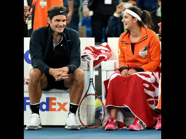 Roger Federer (left) and Sania Mirza during last year's IPTL