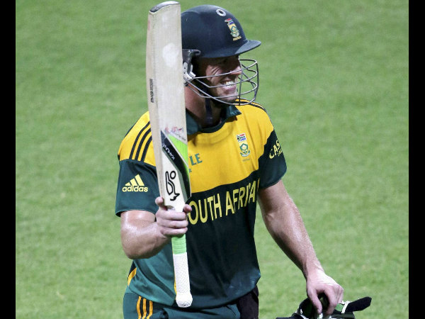 There is pressure, says De Villiers