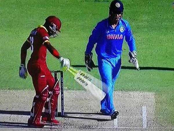 dhoni-without-pads-wi