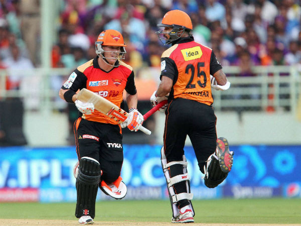 Sunrisers Hyderabad players Shikhar Dhawan and David Warner