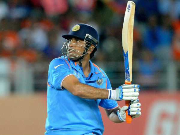 MS Dhoni is set for an 'attack'
