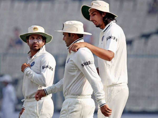Sehwag (centre) with Tendulkar (left) and Ishant Sharma during a Test match