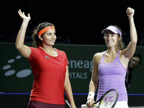 Sania-Martina clinch Brisbane title