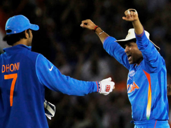 File photo: Tendulkar (right) celebrates with Dhoni during 2011 World Cup
