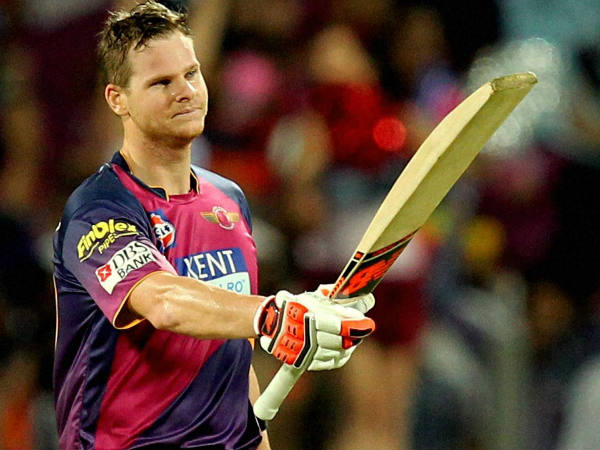 Steve Smith celebrates his century against Gujarat Lions in IPL 2016 on April 29